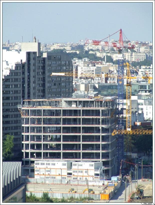 http://jrlegallais.free.fr/photos/villes/boulognebillancourt/letrapeze/Le_Trapeze-20070804-002-Bellevue-Meudon-JRL.jpg